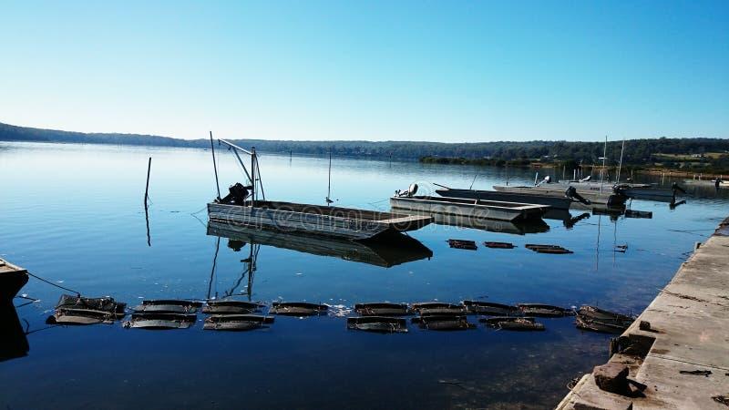 在里士满河@ Broadwater澳大利亚的小船 免版税图库摄影
