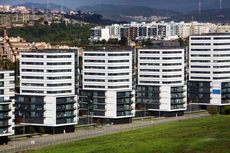 在里斯本市的高层建筑物 库存照片