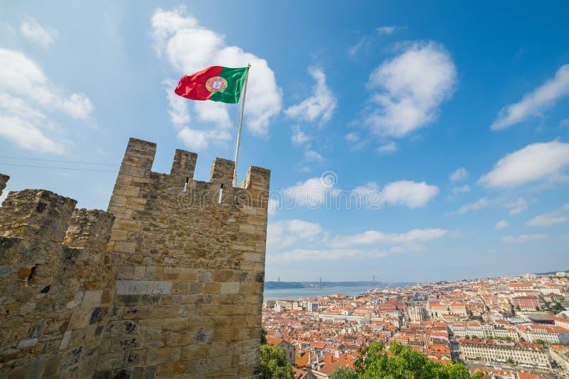 在里斯本的看法从圣地豪尔赫城堡-葡萄牙,欧洲 库存照片