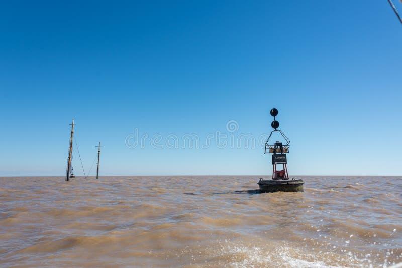 在里约de la Plata河的海难 黄昏的马德罗港 Saling南A 库存照片