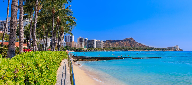 在金刚石头上的全景在威基基夏威夷 库存图片