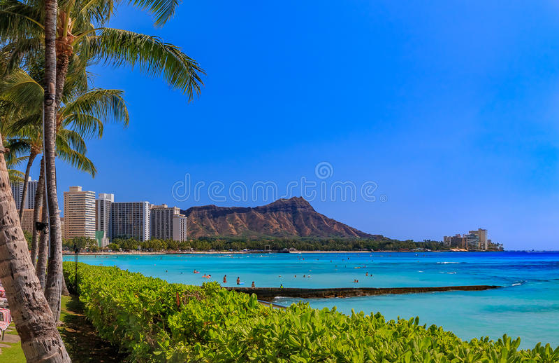 在金刚石头上的看法在威基基夏威夷 库存图片