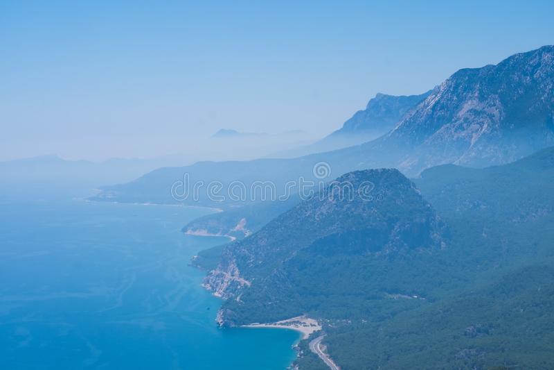 在金牛座山的鸟瞰图在安塔利亚,土耳其 免版税库存照片