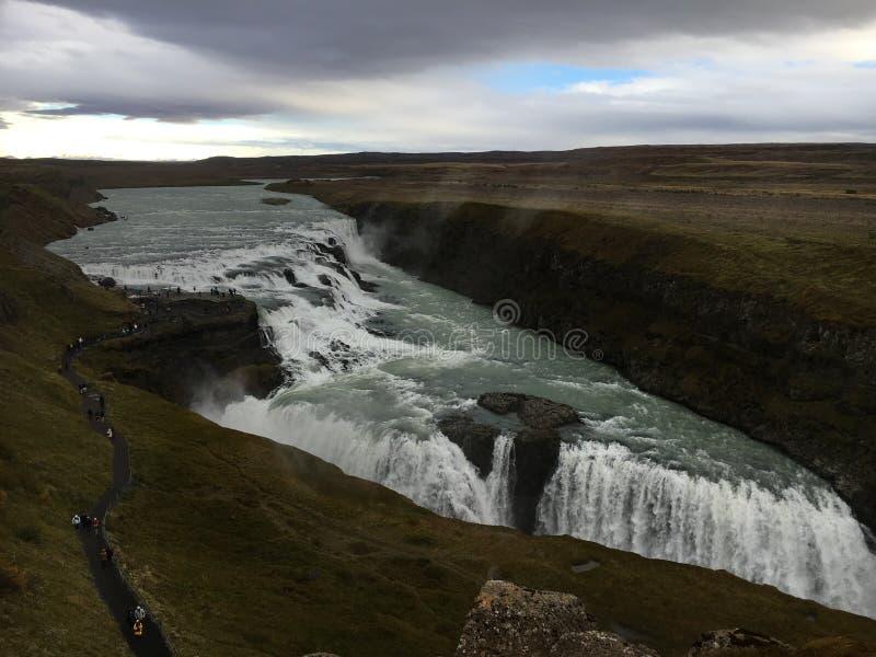 在金黄圈子的古佛斯瀑布瀑布在冰岛 免版税库存图片
