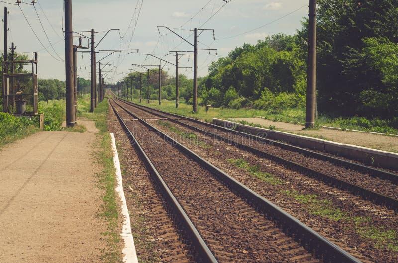 在铁路的平台 库存照片