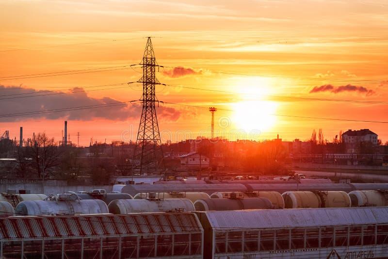 在铁路的日落 库存照片