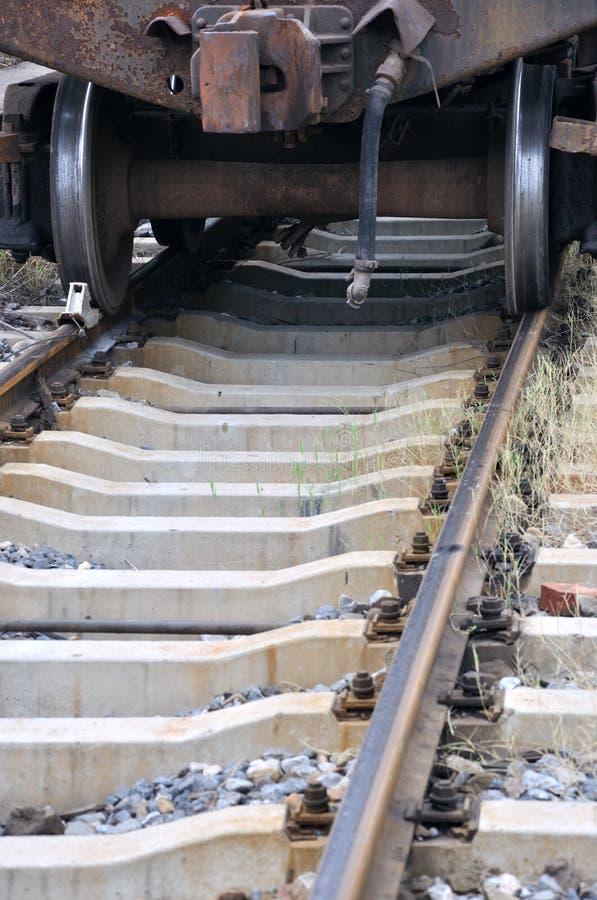 在铁路的老培训 免版税库存图片