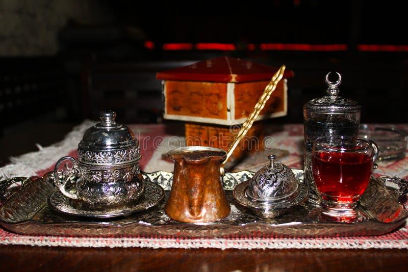 在铜的土耳其咖啡 免版税库存照片