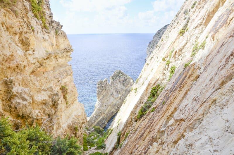在锡杰维,马耳他附近的Xaqqa clifs 库存图片