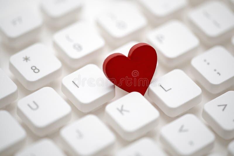 在键盘的小红心 库存图片
