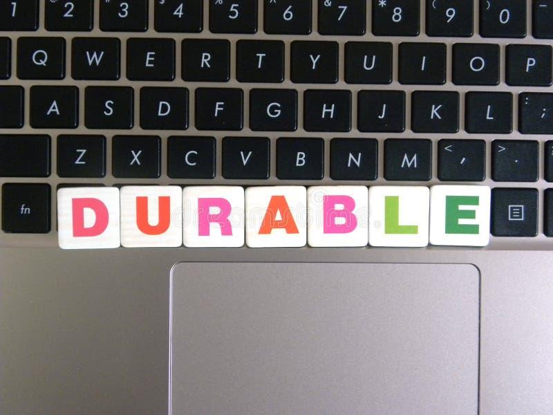 在键盘背景的词耐久性 免版税库存照片