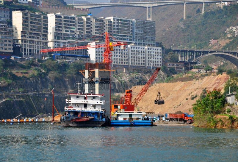 在长江的货船 库存照片