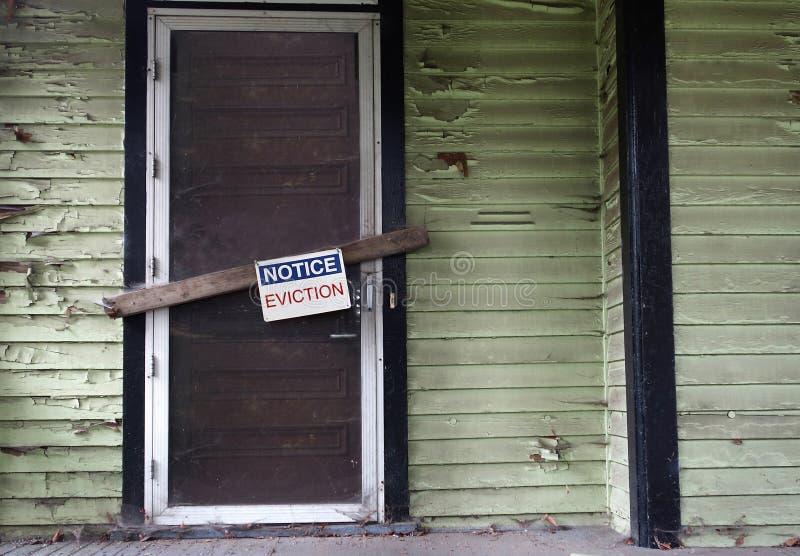 在门的赶出通知 免版税图库摄影