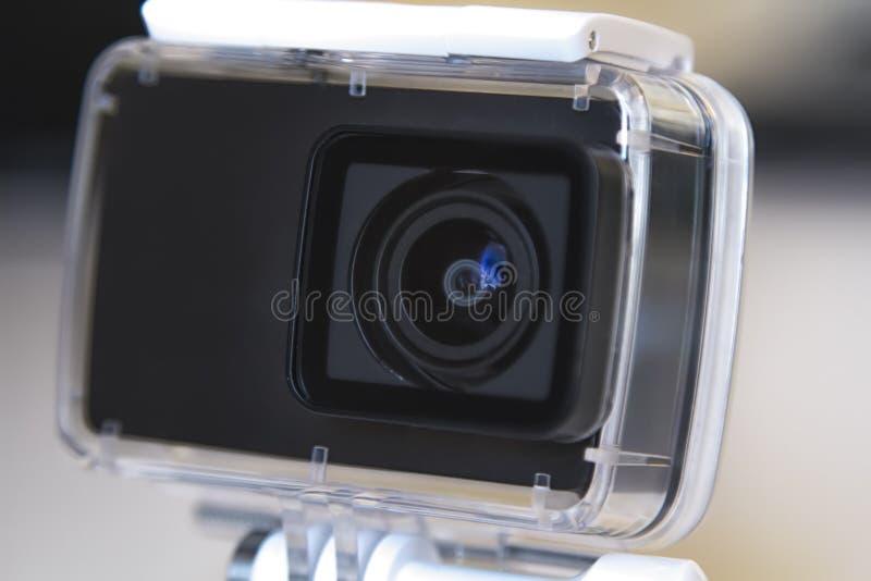 在防水箱子的行动照相机 极限运动和水下的录影的设备 库存图片
