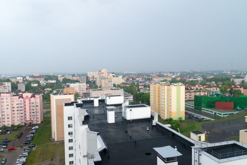 在阴天期间,哥罗德诺市的一张全景鸟瞰图在白俄罗斯 免版税库存图片