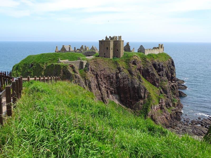 在阿伯丁苏格兰附近的Dunnottar城堡Stonehaven 免版税库存图片