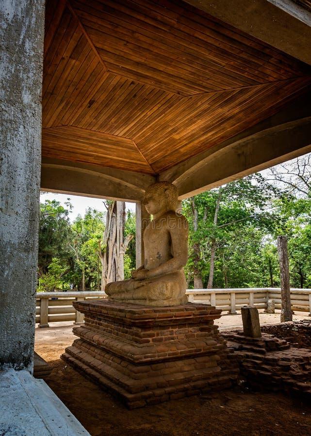 在阿努拉德普勒王国,斯里兰卡的Samadhi菩萨雕象 库存照片