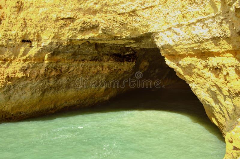 在阿尔加威海岸的Benagil洞 库存照片