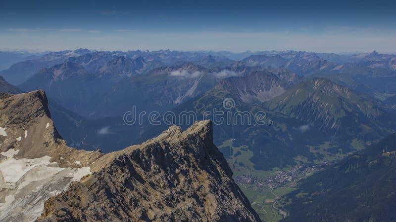 在阿尔卑斯 免版税库存图片