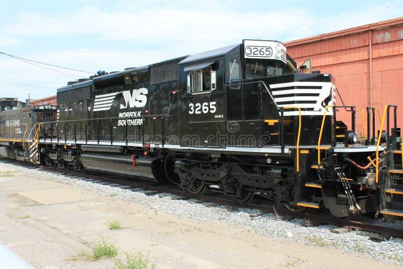 在阿尔图纳PA的诺福克南部的铁路机车3265 库存照片