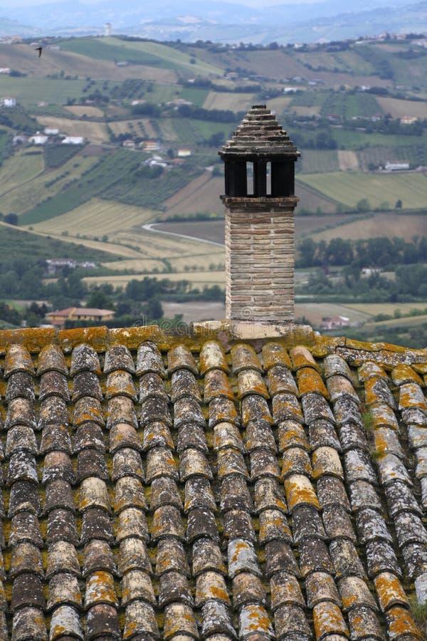 在阿布鲁佐小山的鸟瞰图 图库摄影