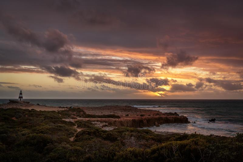 在陆岬的日落在长袍,南澳大利亚 图库摄影