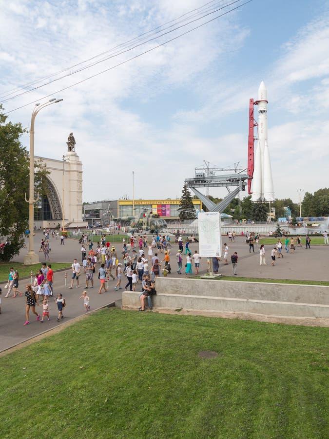 在陈列的太空火箭在莫斯科 免版税库存照片