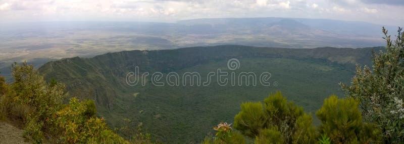 在隆戈诺特山的火山的火山口,地堑,肯尼亚 免版税库存照片