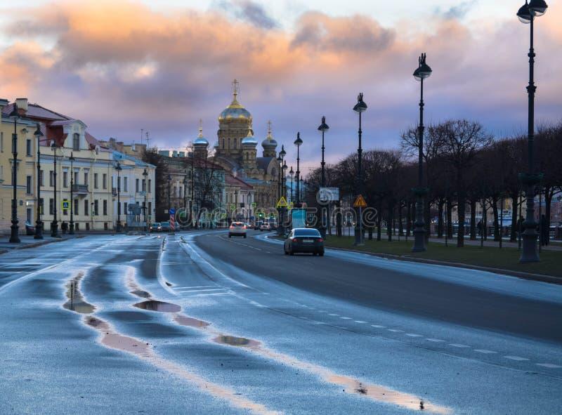 在雨以后的圣彼德堡 库存照片