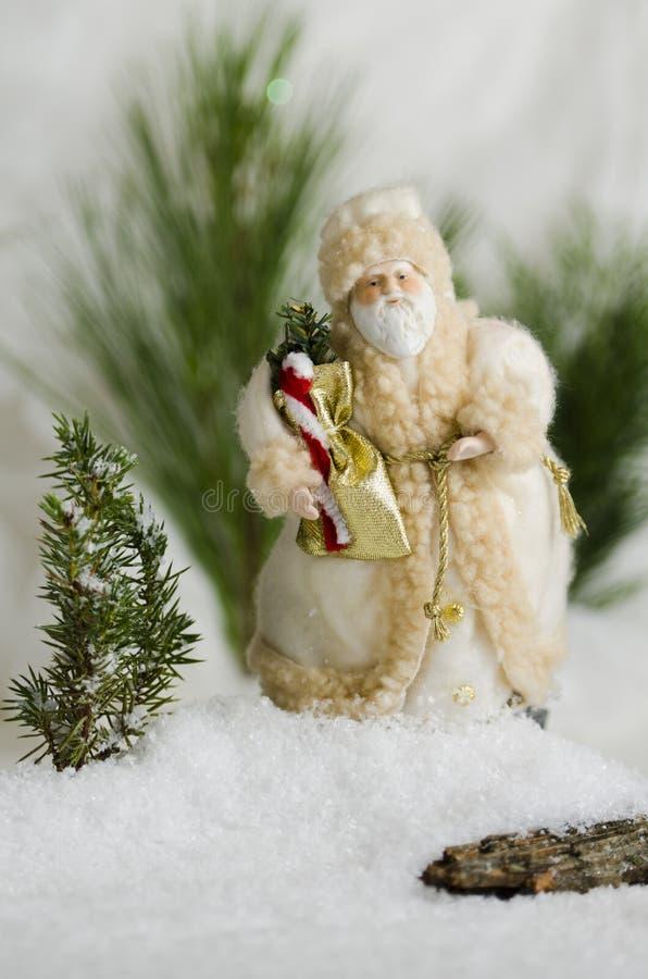 在雪漂泊的圣诞老人 库存图片