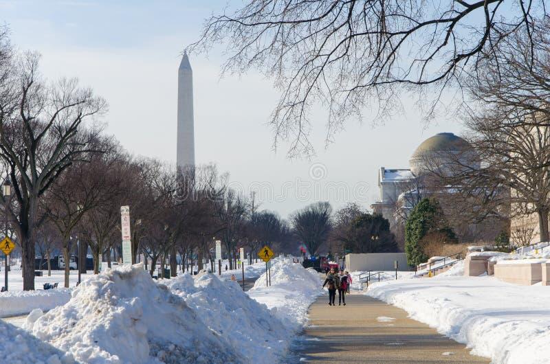 在雪风暴以后的华盛顿特区, 2016年1月 库存图片