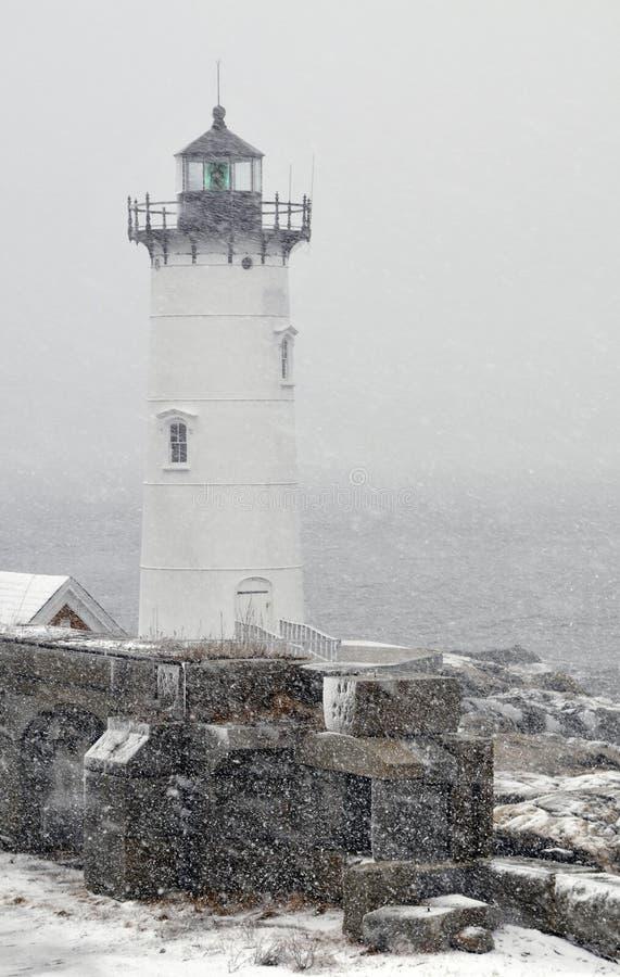 在雪Sotrm的新英格兰灯塔 库存照片