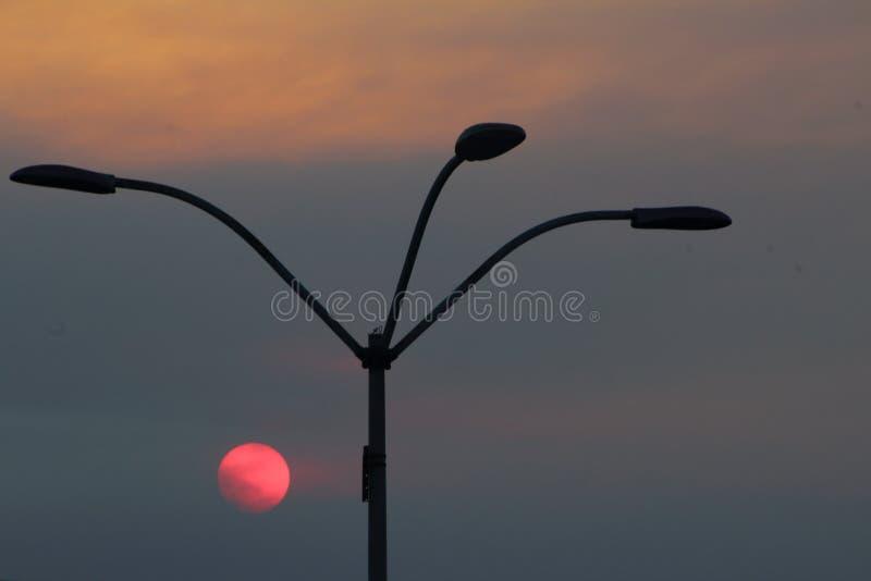 在雷东多海滩的晚上阳光 库存照片