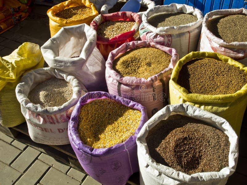在非洲市场的香料 免版税库存照片