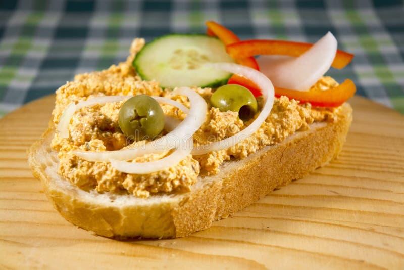 在面包的Liptauer奶油 免版税库存照片