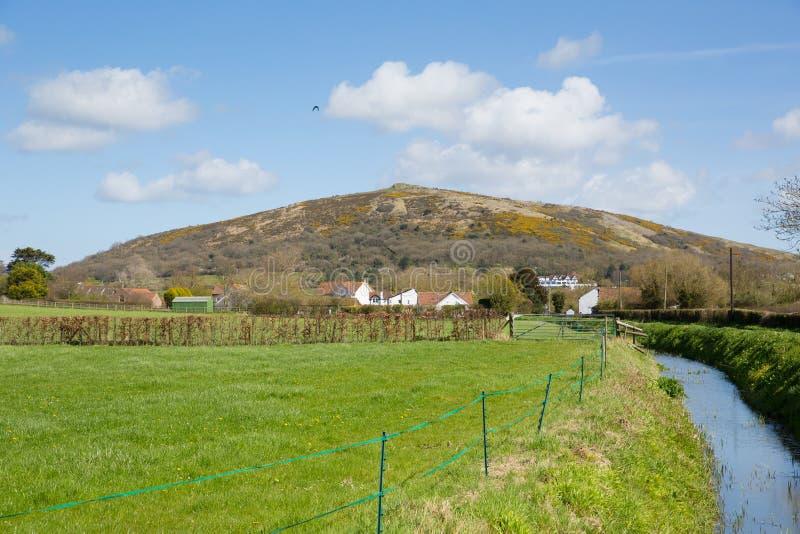 在韦塞克斯步行的萨默塞特乡下英国英国零件的弯曲处高峰小山 免版税库存照片