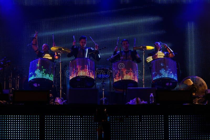 在音乐会期间的鼓手展示 图库摄影