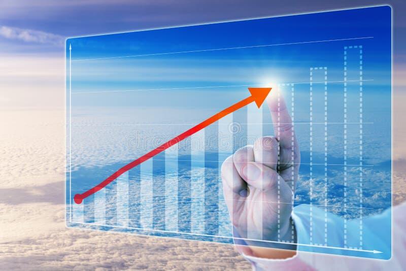 在预测图的手指感人的成长箭头 免版税库存图片
