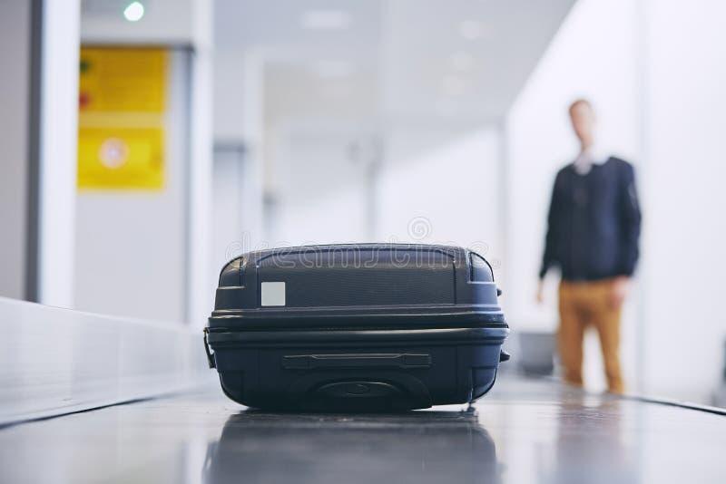 在领取行李的手提箱 库存图片