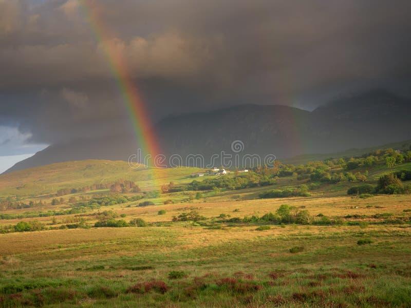 在领域的彩虹,康尼马拉国立公园,县戈尔韦,爱尔兰 库存图片