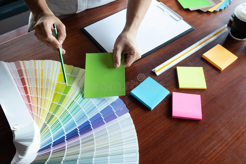 在颜色美好的颜色,各种各样的颜色,颜色口气,颜色比较的创造性的工作 库存照片