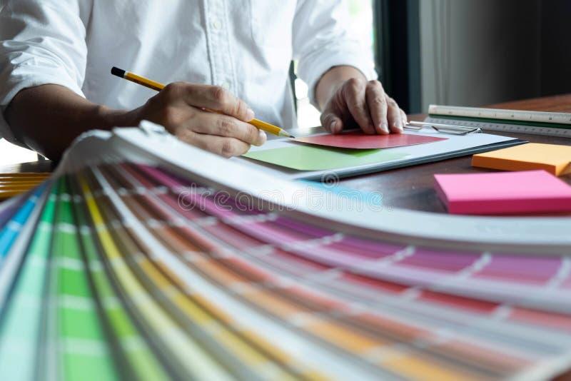 在颜色美好的颜色,各种各样的颜色,颜色口气,颜色比较的创造性的工作 免版税库存照片