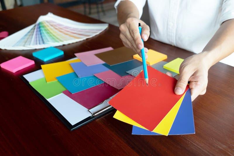 在颜色美好的颜色,各种各样的颜色,颜色口气,颜色比较的创造性的工作 免版税库存图片