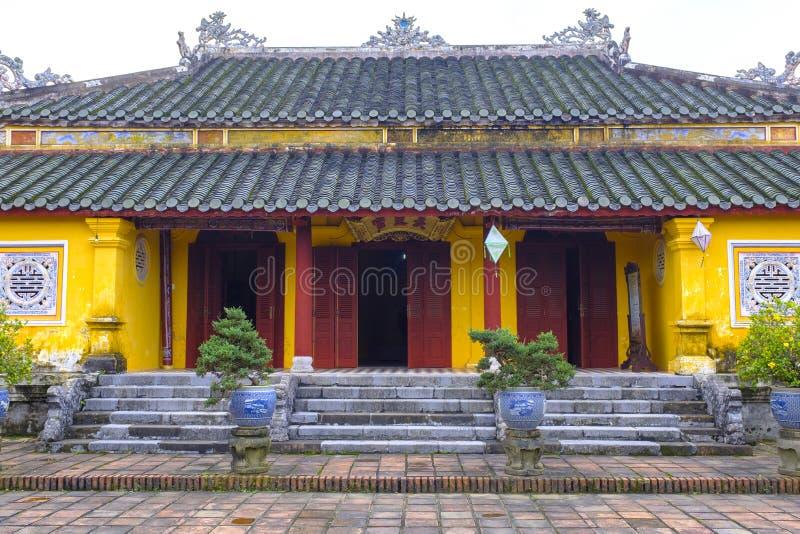 在颜色附近的嗣德帝坟茔,越南 免版税库存图片