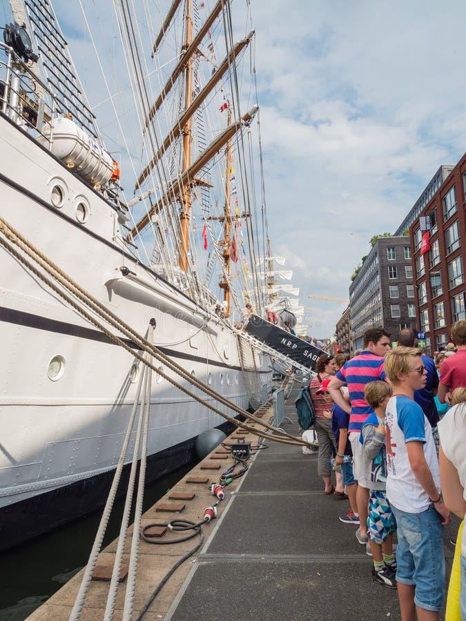 在风帆的葡萄牙高船萨格里什2015年 库存图片