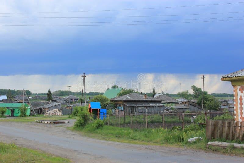 在风暴前的天空 库存照片