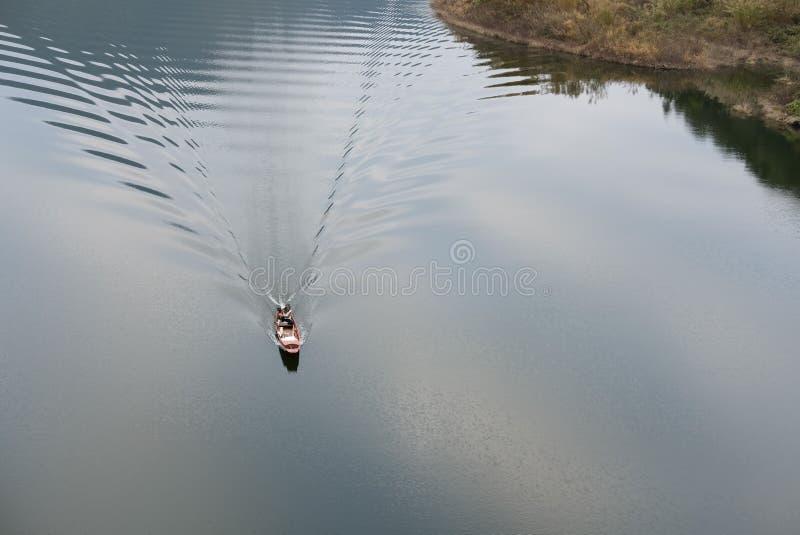 在风船的地方渔夫航行 库存照片