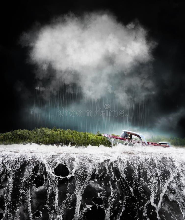 在风暴的小船 库存图片