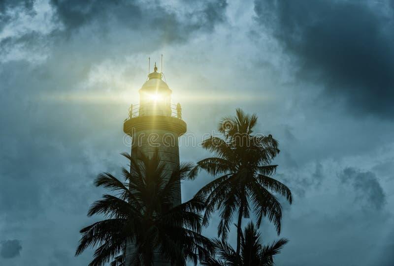 在风暴的灯塔 免版税库存照片