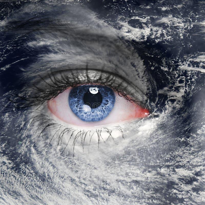 在飓风中间的嫉妒 免版税库存照片